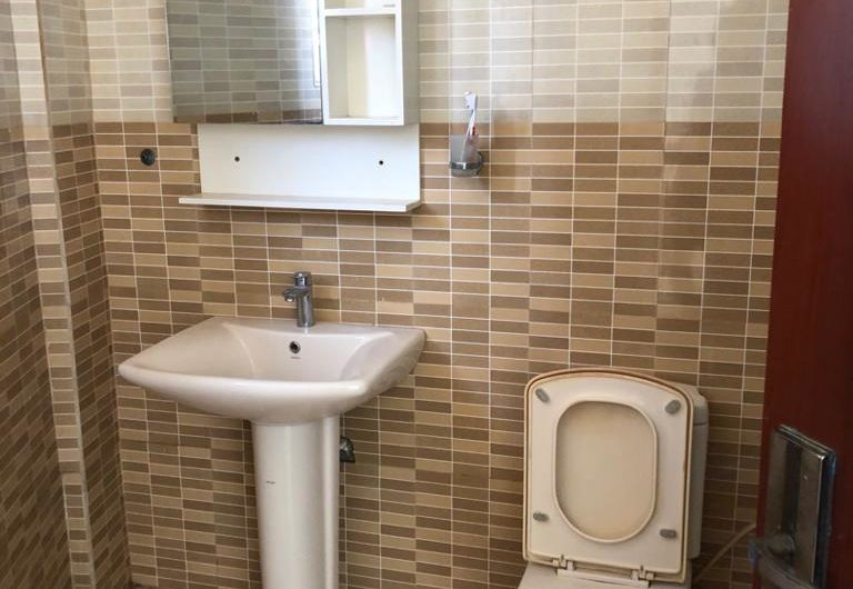 1bedroom apartments for rent at East airport