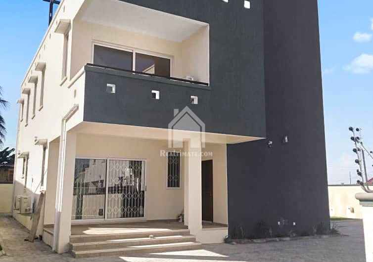 4bedroom house for rent at Tse Addo