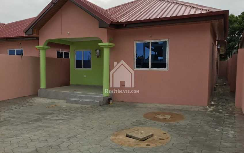Newly built 3bedroom house for Sale at Ashongman