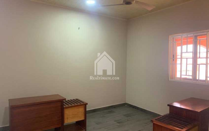 Chamber and hall self-contain for rent at school junction around the melcom