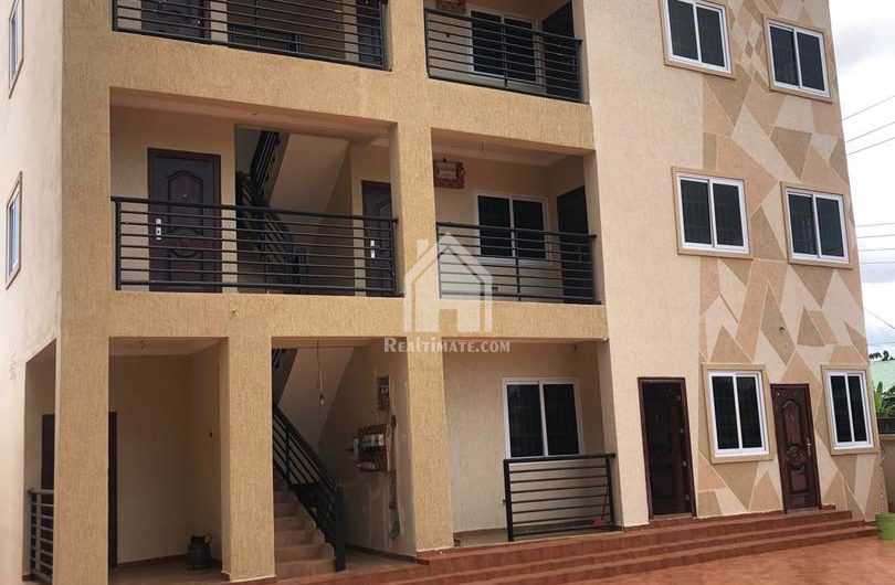 Chamber and hall self contain for rent at Adjiringanor