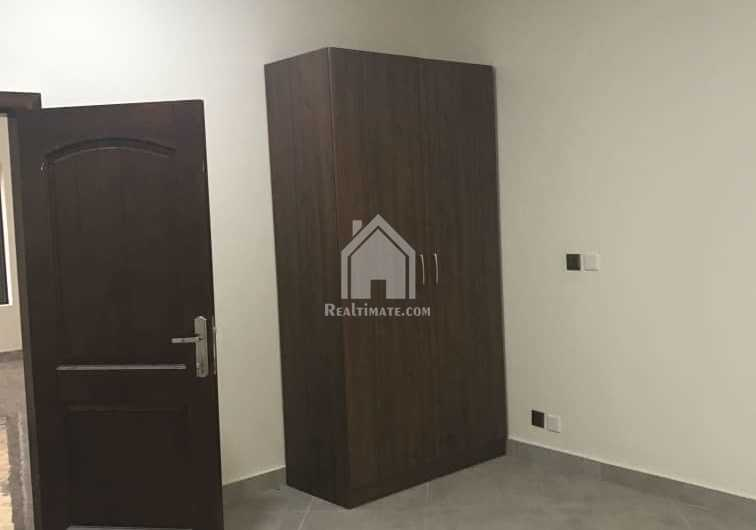5 bedrooms house for rent at east legon