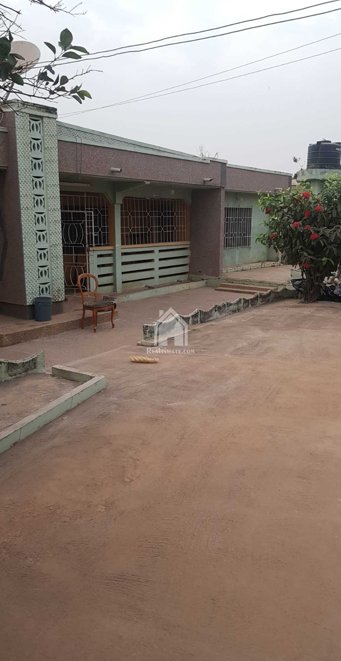 2 Flat House For Sale at Kumasi,Pankrono
